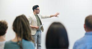 Formation Anglais à distance - Réveiller son auditoire anglophone lors d'une réunion